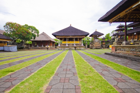 Temple in Bali island, indonesia Stock Photo - 17384455