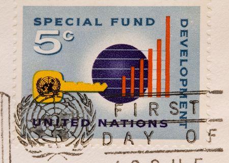 nazioni unite: Si tratta di una vendemmia 1964 del Fondo speciale delle Nazioni Unite Timbro Archivio Fotografico