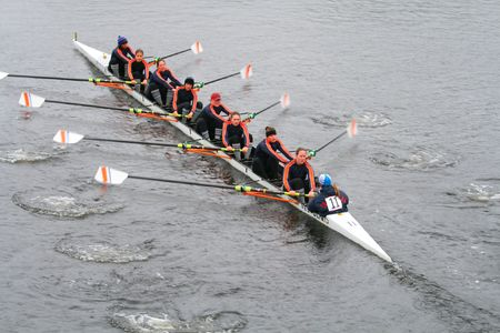 BOSTON - OCTOBER 18: Coast Guard Academy women's rowing team competes in the Head Of The Charles Regatta October 18, 2009 in Boston, Massachusetts.  報道画像