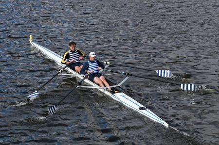 BOSTON - OCTOBER 19, 2014: Riverside Boat Clib with Kevin McDonnel and Robert White race in the Head of Charles Regatta Men\\\\ Redakční