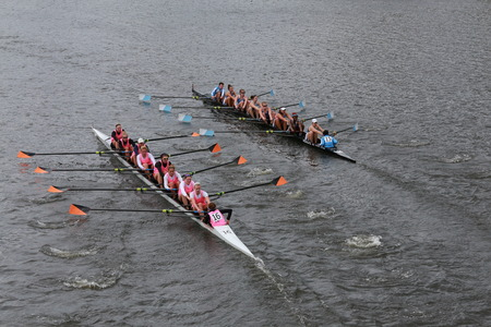 Columbia (L) and Princeton (R) races in the Head of Charles Regatta Women\'s Championship Eights