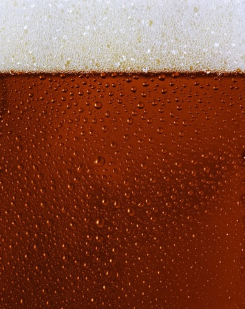 Dewy zwarte bier glas texture w schuim