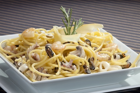 champignon: Italian pasta with seafood and rosemary