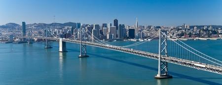 샌프란시스코: 베이 브릿지와 샌프란시스코 파노라마 스톡 사진