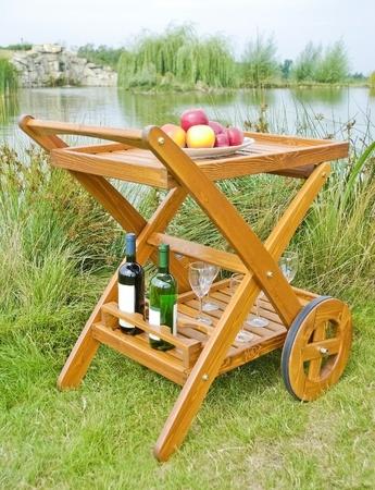 furniture: The garden table