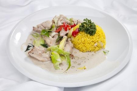 Stewed chicken meat w leek, cream sauce and jasmine rice Stock Photo - 13040430