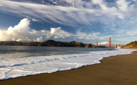 The Golden Gate Bridge in San Francisco bay Stock Photo