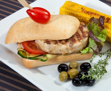 meat grilled: Sandwich w meat grilled corn and aubergine