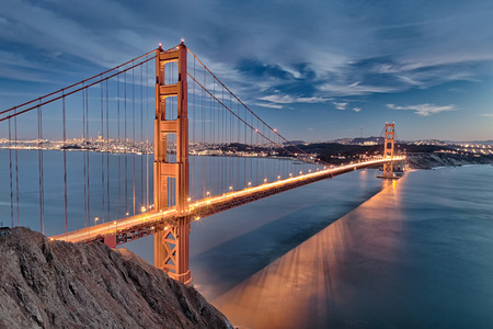 The Golden Gate Bridge in San Francisco bay Imagens - 33379580