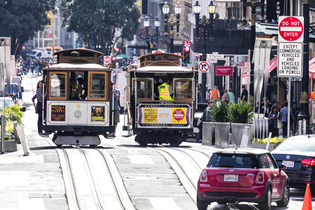San Francisco, USA - November 7, 2016: The Cable car tram. The San Francisco cable car system is world last permanently manually operated cable car system. Lines were established betw. 1873 and 1890. Redakční