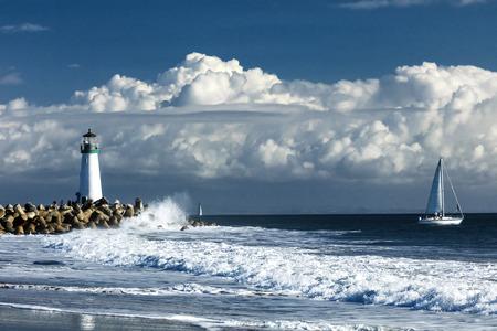 サンタ ・ クルスの海岸、カリフォルニア、米国の灯台ウォルトン