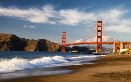 The Golden Gate Bridge in San Francisco bay 版權商用圖片