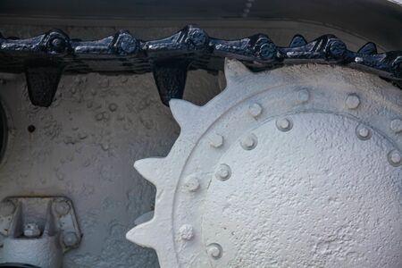 Driving wheel of the Kliment Voroshilov tank in winter white camouflage Stock fotó