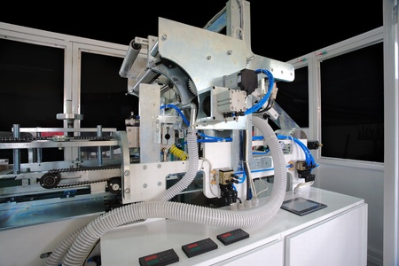 Packaging machine for rolls, serviettes and handkerchiefs.  photo