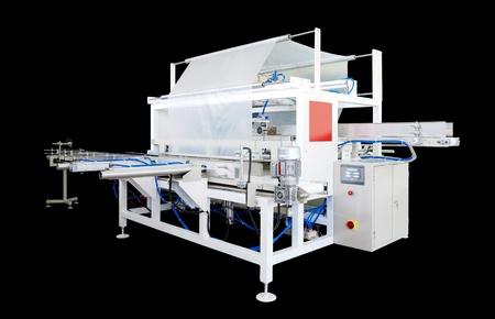 serviettes: Packaging machine for paper rolls, serviettes and handkerchiefs.