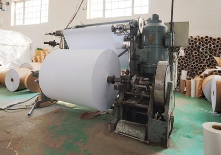 內飾工廠,舊機進行打印。 版權商用圖片