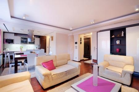 室內家具與現代家居。