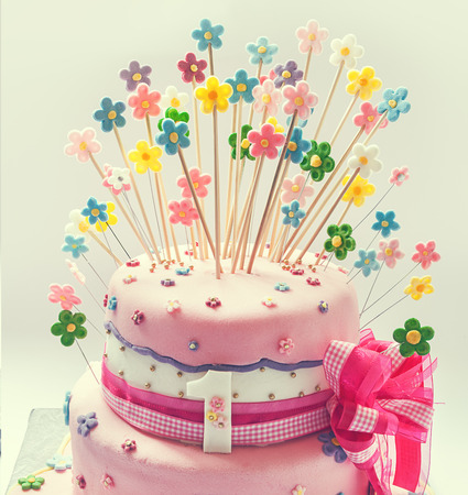 first birthday: Details of birthday cake for first birthday.