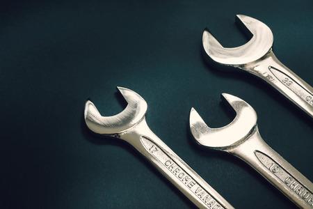 chrome vanadium: Three mechanical keys made of steel, chrome and vanadium, in right down corner of the frame.