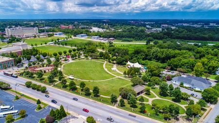Drone Aerial of Barnet Park and Amphitheater in Downtown Spartanburg South Carolina SC. Reklamní fotografie - 110052854