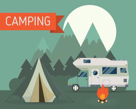 밤에 가족 트레일러 캐러밴과 국립 산 공원 캠핑 장면. RV 여행자 트럭 텐트, 캠프 파이어, 나무와 상승 달 캠프장 장소의 풍경입니다. 휴가 개념을 여행