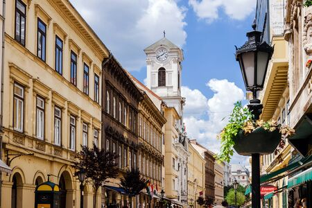 Budapest Old Town Pedestrian Street View by Day 에디토리얼