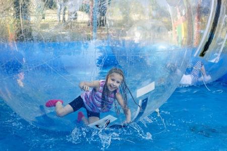 Aquazorbing - Agilidad y velocidad Foto de archivo - 20285561