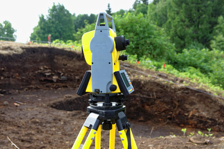 The use of a total station in the field in Siberia