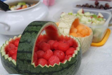 sweetwater: the water melon carves