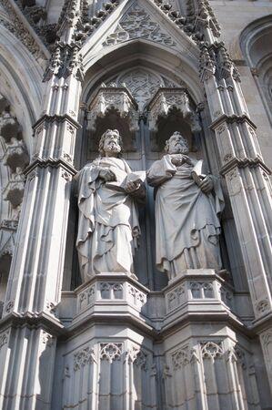 Statues of Saints at Barcelona Cathedral of Saint Cross and Saint Eulalia Standard-Bild - 129176347