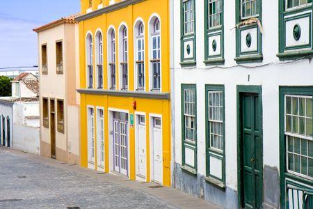 Paisaje urbano de Santa Cruz, ciudad capital de La Palma (Islas Canarias)  Foto de archivo - 5163909