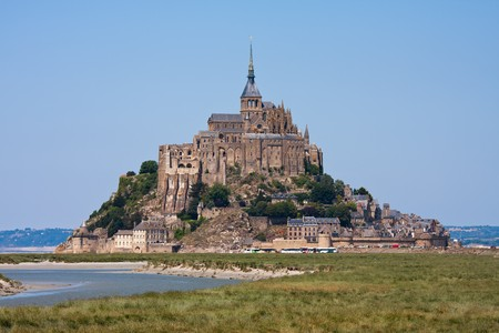 mont saint michel: Saint Mont Michel, medieval abbey in Bretagne, France