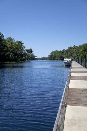 long johns: Long dock in Florida river