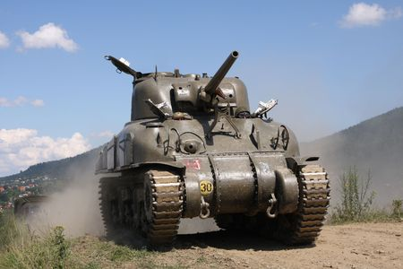 war tank: Tanque americano Sherman M41A GRIZZLI de la Segunda Guerra Mundial