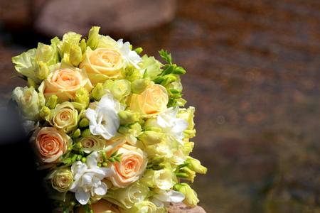 dreaminess: wedding bouquet near the stream