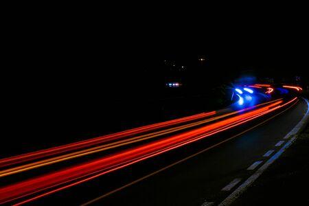 luci delle auto con la notte.