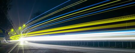 lights of cars with night Banque d'images - 138555295