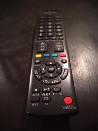 テレビのリモコンの表に