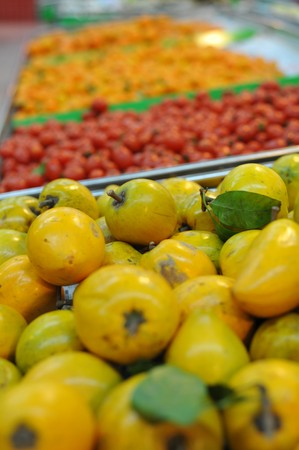 farme: A variety of fruits at a supermarket