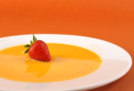 agitation: Strawberry and agitation egg-yolk