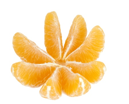 orange slices: tangerine on white background
