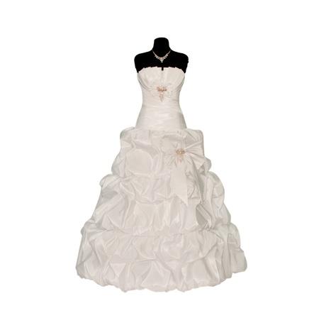 Brautkleid auf Mannequin isoliert auf weiß