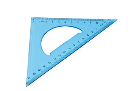 青い三角形の白い背景で隔離