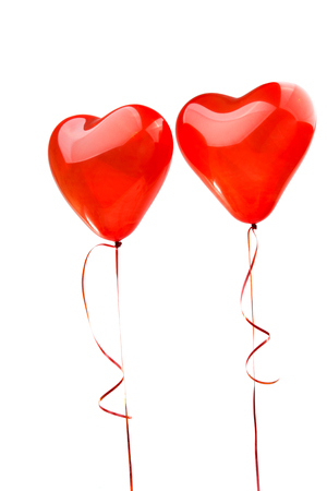 3d heart: red heart balloons on a white background