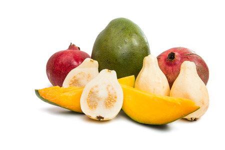 fruta tropical: tropical fruit guava, mango, pomegranate on a white background