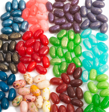 jelly beans: jelly beans isolated on white background