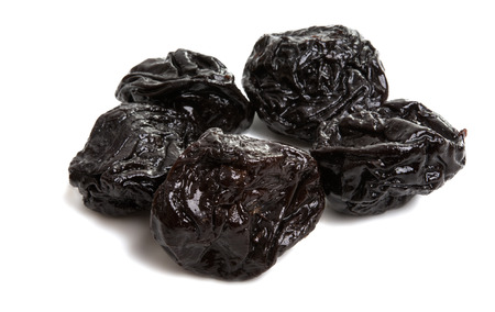 prunes isolated on white background Banque d'images