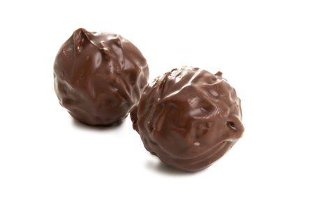 chocolate truffles isolated on white background 스톡 콘텐츠