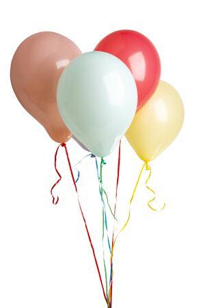 Heliumfarbene Ballons isoliert auf weißem Hintergrund Standard-Bild