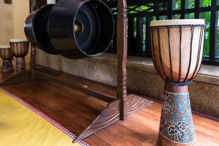 伝統功やボルネオ島の先住民によって使用されるドラムは、カダザン ・ ドゥスンと呼ばれます。 写真素材